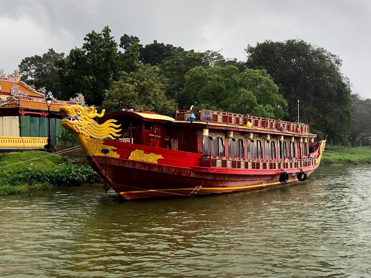 Vé nghe ca Huế trên sông Hương, Ca Huế trên sông Hương, dân ca huế trên sông Hương