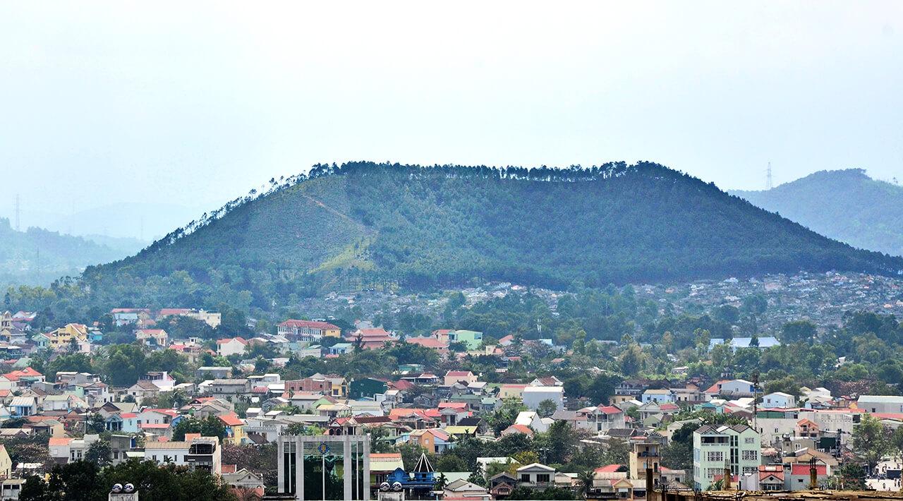 Núi Ngự Bình; nui ngu binh; Núi ngự bình Huế;