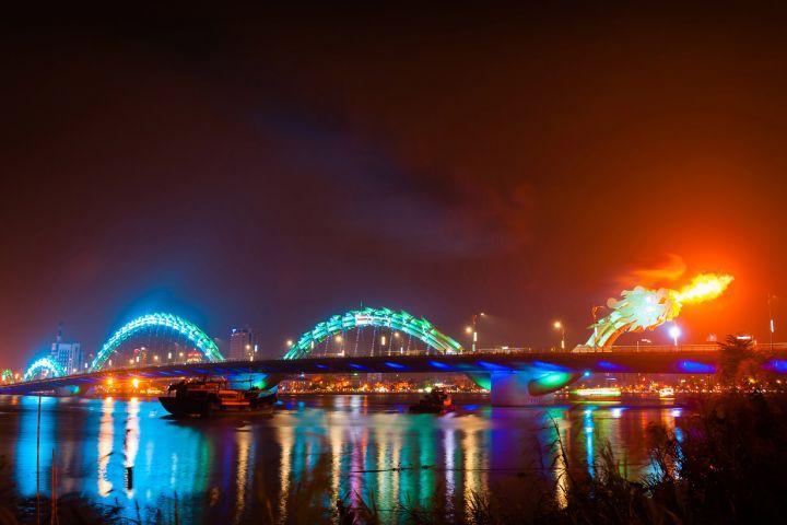 dragon-bridge-02.jpg
